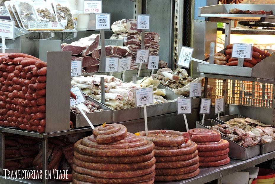 Embutidos en el Mercado Público municipal - Visitar Porto Alegre