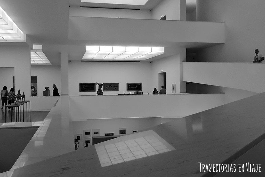 Interior del museo Fundação Iberê Camargo