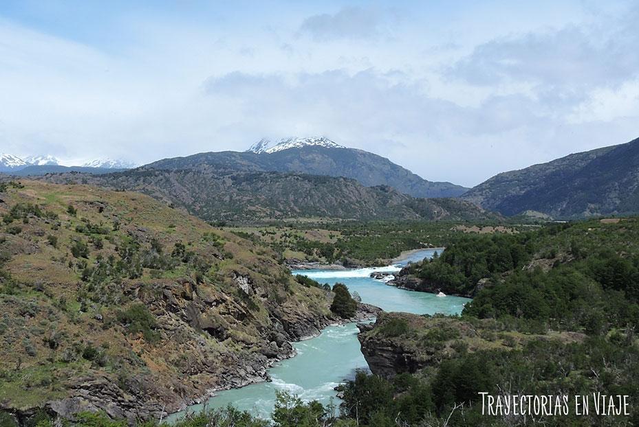 recorrer la Carretera Austral - Confluencia del Río Nef con el Río Baker.