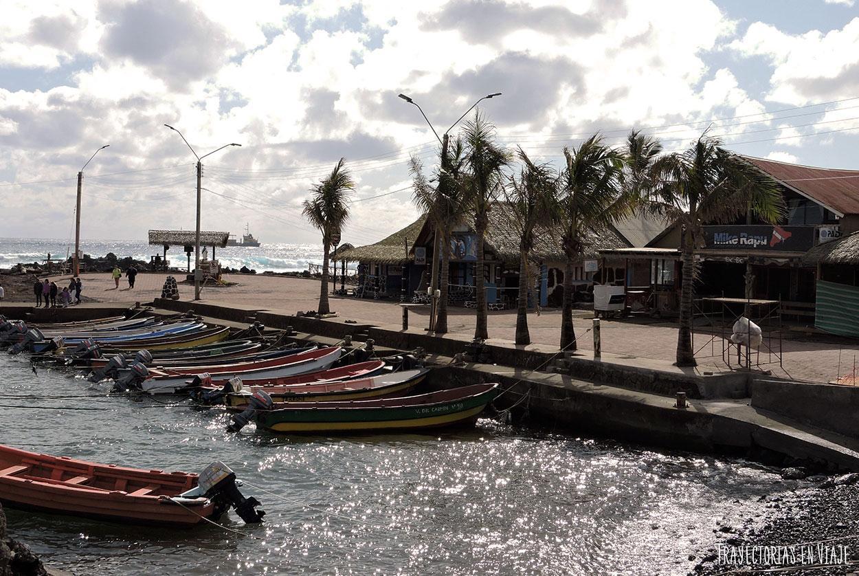 Embarcaciones en Hanga Roa - Isla de Pascua
