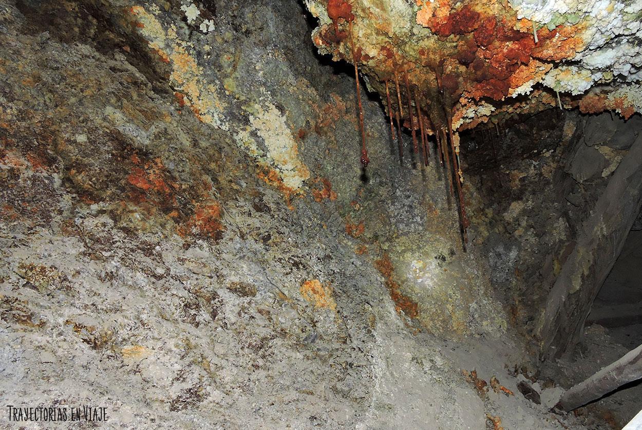 Texturas dentro de las minas de Potosí