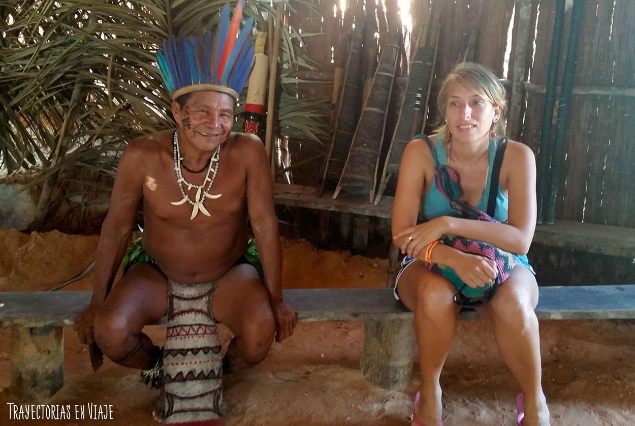 Vestimenta típica de las comunidades de la Amazonía brasileña.