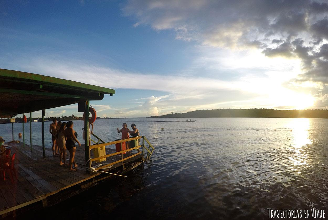 Qué hacer en Manaos - Baño en el rio