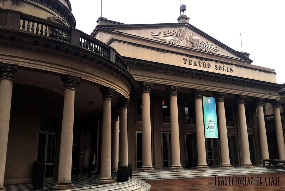 Edificio del Teatro Solís de Montevideo Uruguay