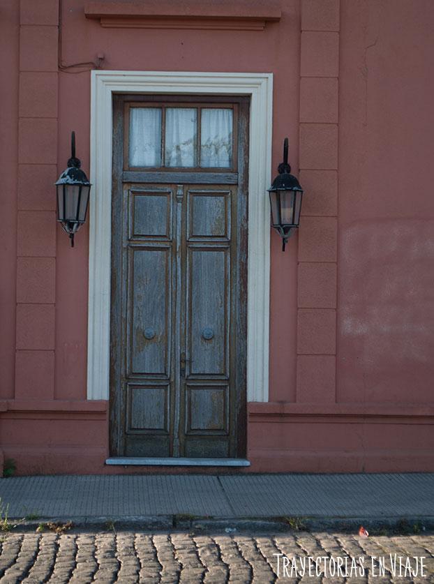 Puerta y faroles. Carmelo Uruguay