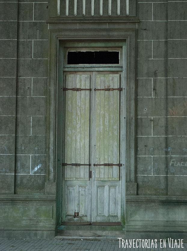 Puerta de casa colonial. Carmelo Uruguay