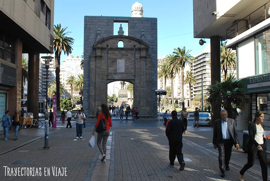 La puerta de la antigua ciudadela. Montevideo Uruguay