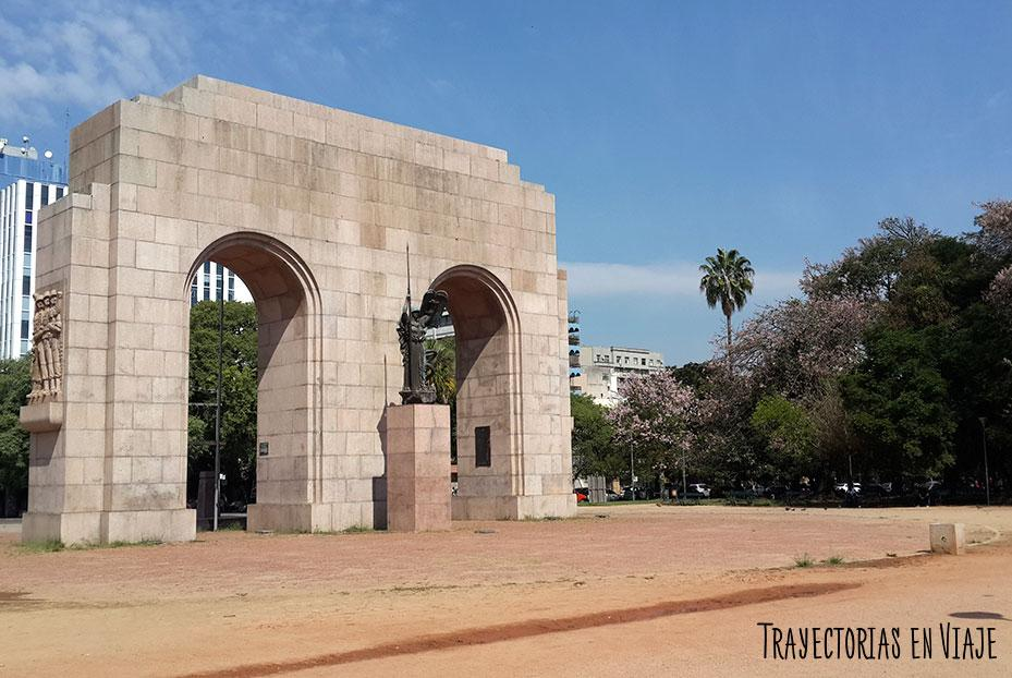 Brique de la Redención en el parque Farroupilha - Visitar Porto Alegre