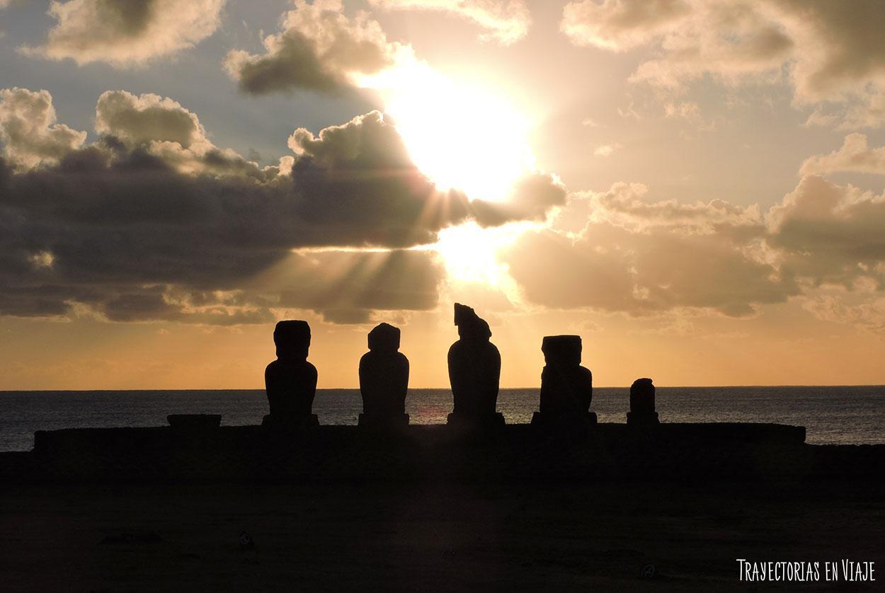 moai-Isla_de_pascua-(100)