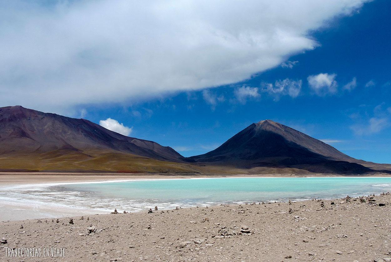 Tours Salar de Uyuni - Laguna verde y volcán Licancabur
